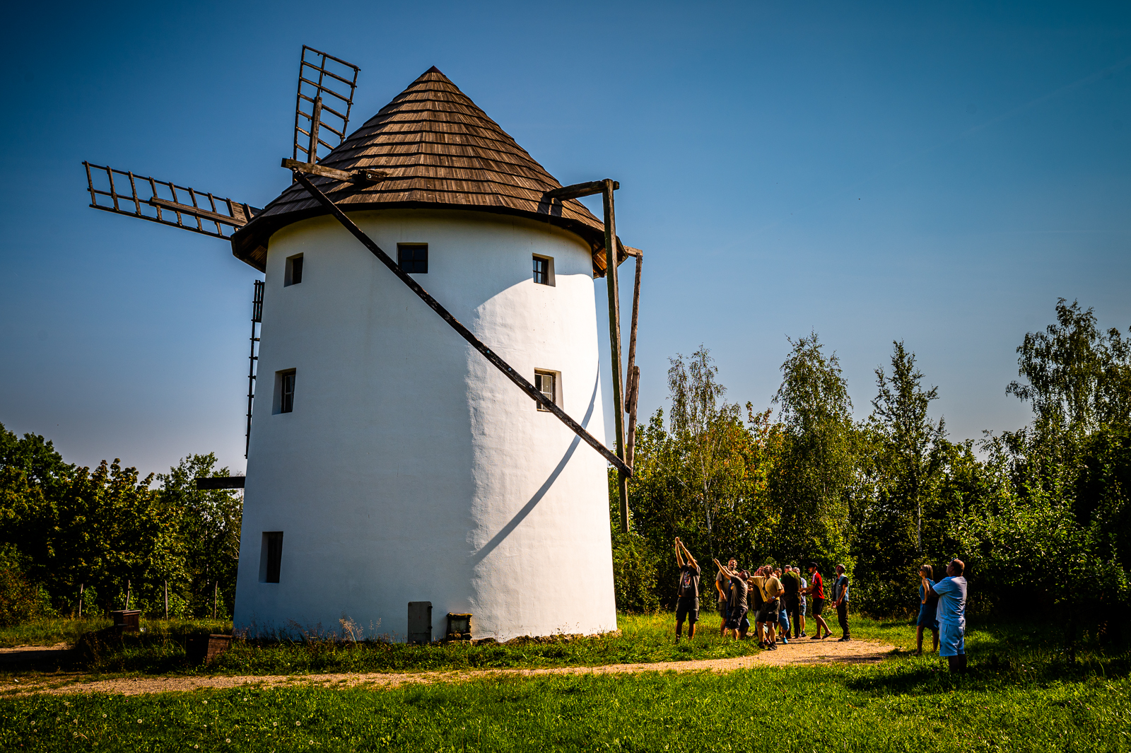 Větrný mlýn – otáčení střechou